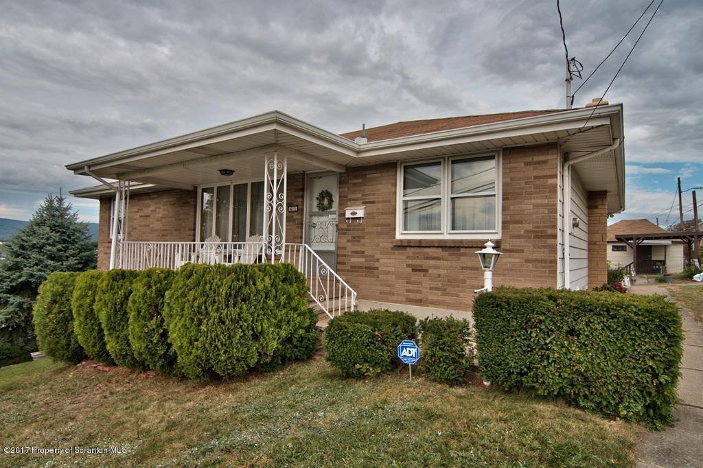 611 Pear St, Scranton, PA 18505