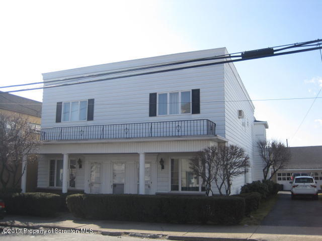 126-134 Oak St, Old Forge, PA 18518
