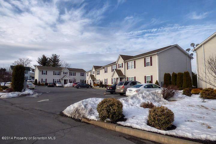 251 Elm Street, Moosic, PA 18507
