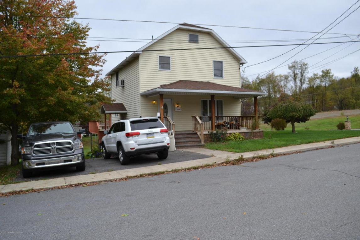 146 Tuttle St, Carbondale, PA 18407