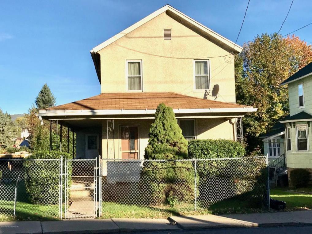 1014 S Main St, Taylor, PA 18517