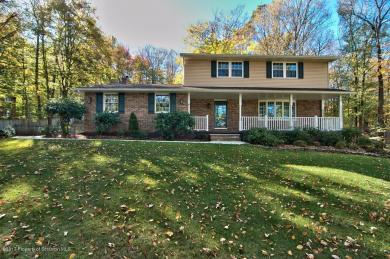 60 Blue Spruce Rd, Spring Brook Twp, PA 18444
