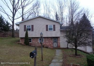 814 Salisbury Rd, South Abington Twp, PA 18411