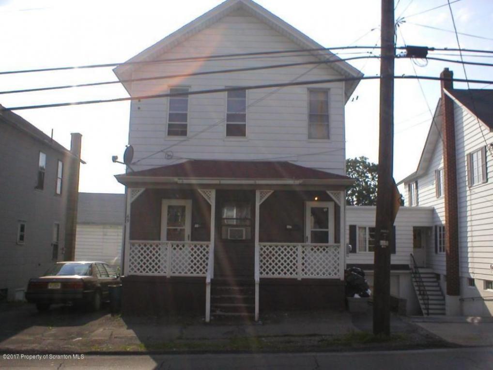 69 Belmont St, Carbondale, PA 18407