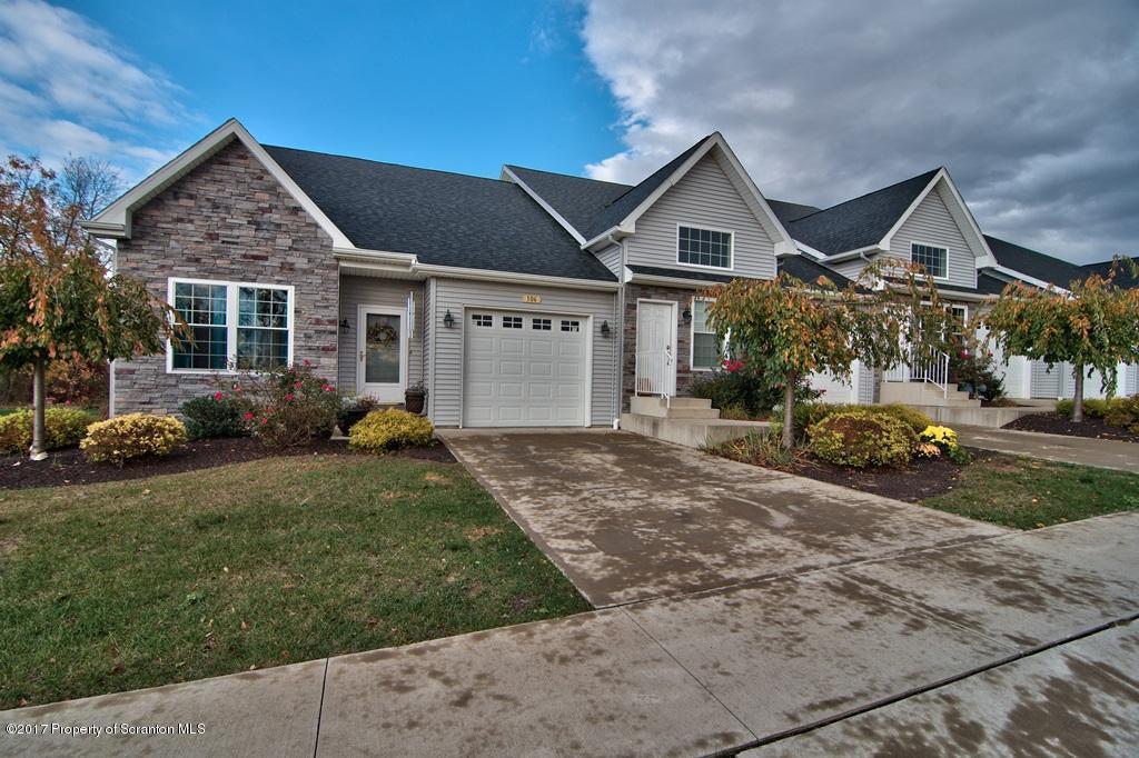 106 Grandview Drive, Pittston, PA 18640