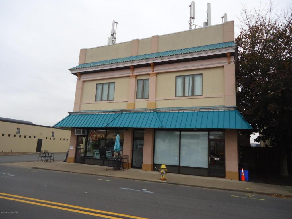 228 S Main St, Old Forge, PA 18518