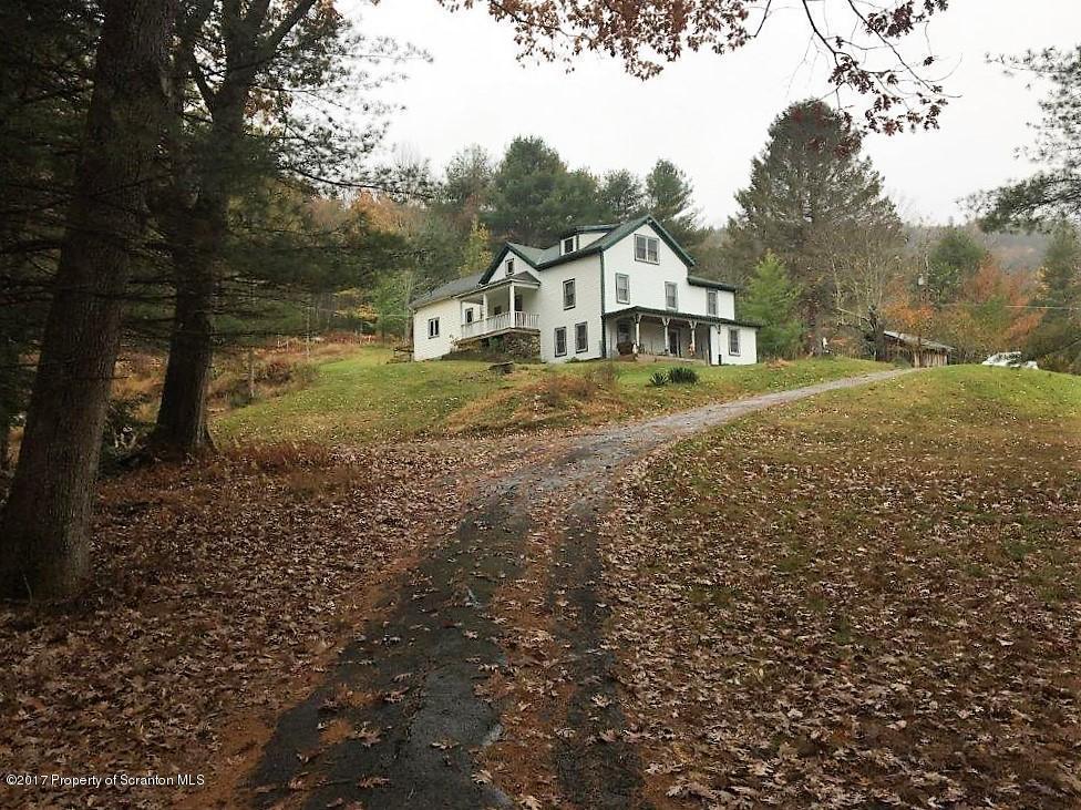 204 Lcpl Jacob Beisel Road, Lackawaxen, PA 18435