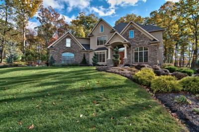 Photo of 120 Rock Ridge Dr, South Abington Twp, PA 18411