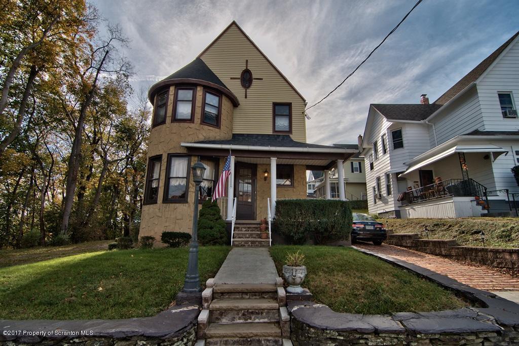 153 Spring St, Scranton, PA 18508