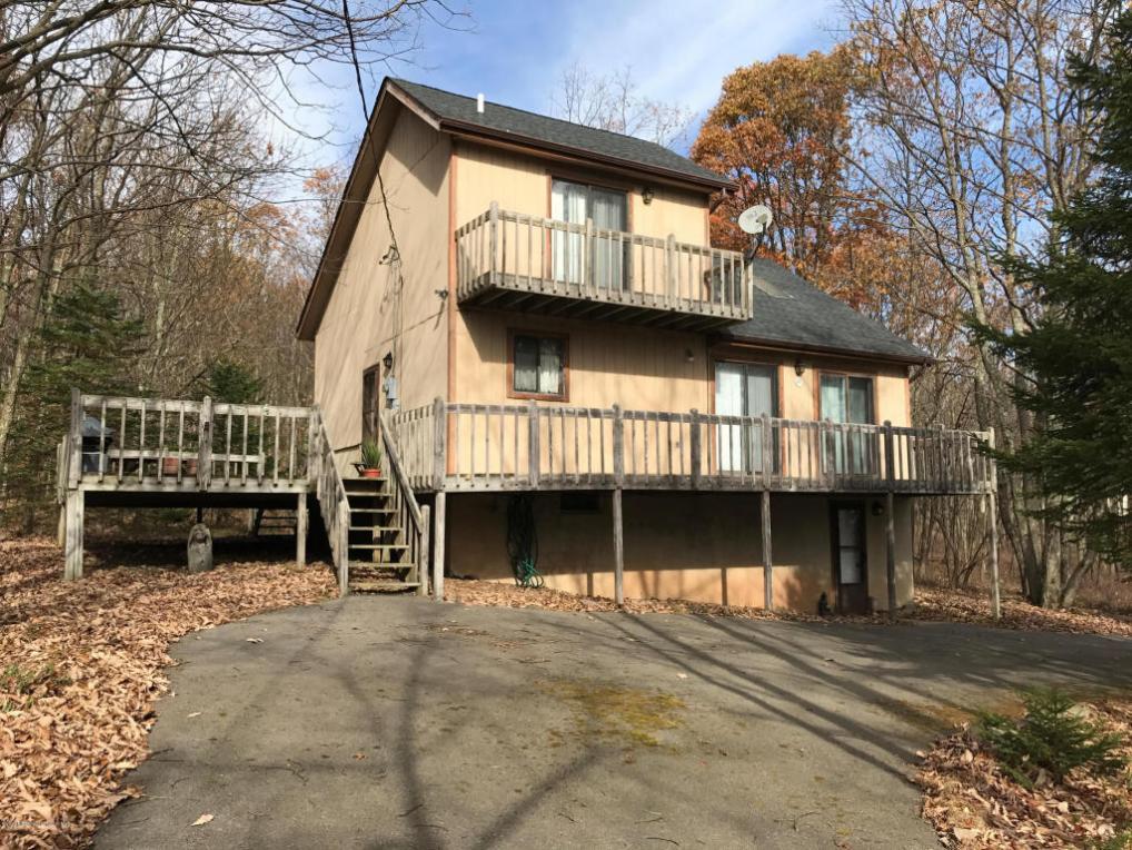 67 Arapahoe Rd, Albrightsville, PA 18210