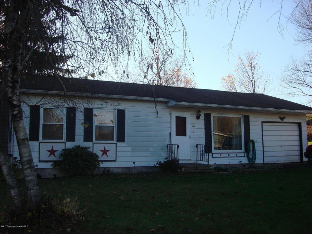 310 Deepwood Cir, Tunkhannock, PA 18657