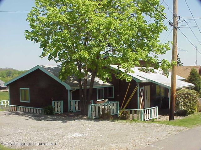 69 Winter Blvd, Union Dale, PA 18470