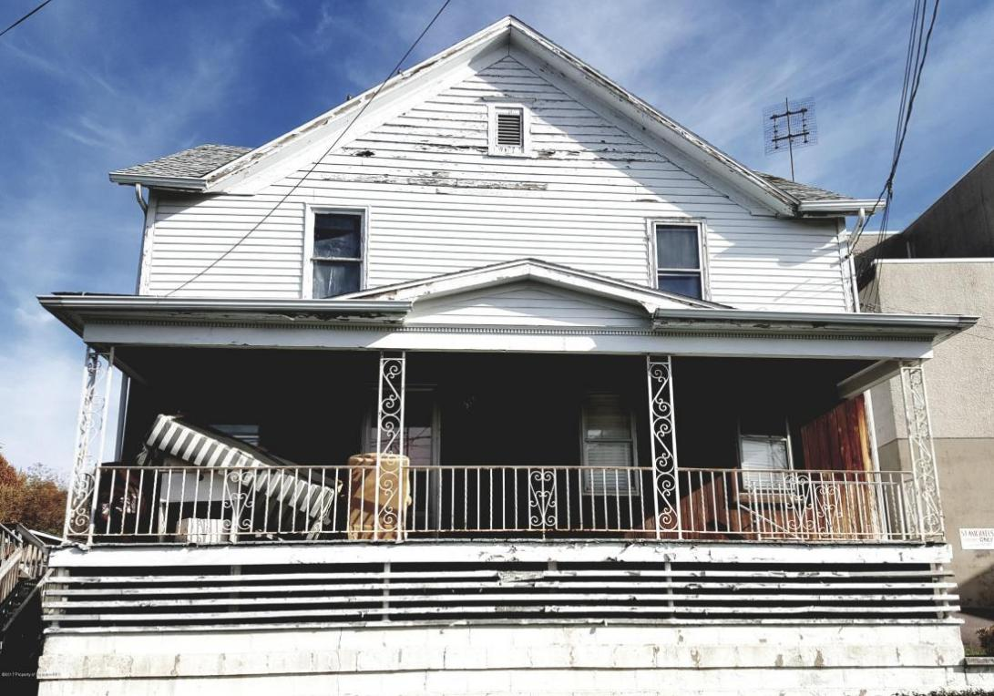 518 Summer St, Old Forge, PA 18518