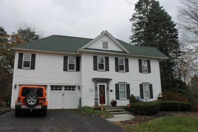 Photo of 108 Carbondale Rd, Waverly, PA 18471
