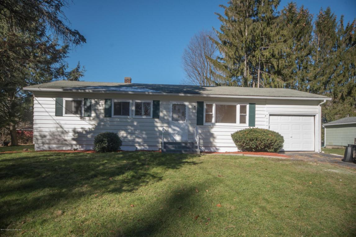 403 Haven Ln., Clarks Summit, PA 18411