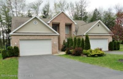 Photo of 37 Pine Tree Dr, Covington Twp, PA 18424