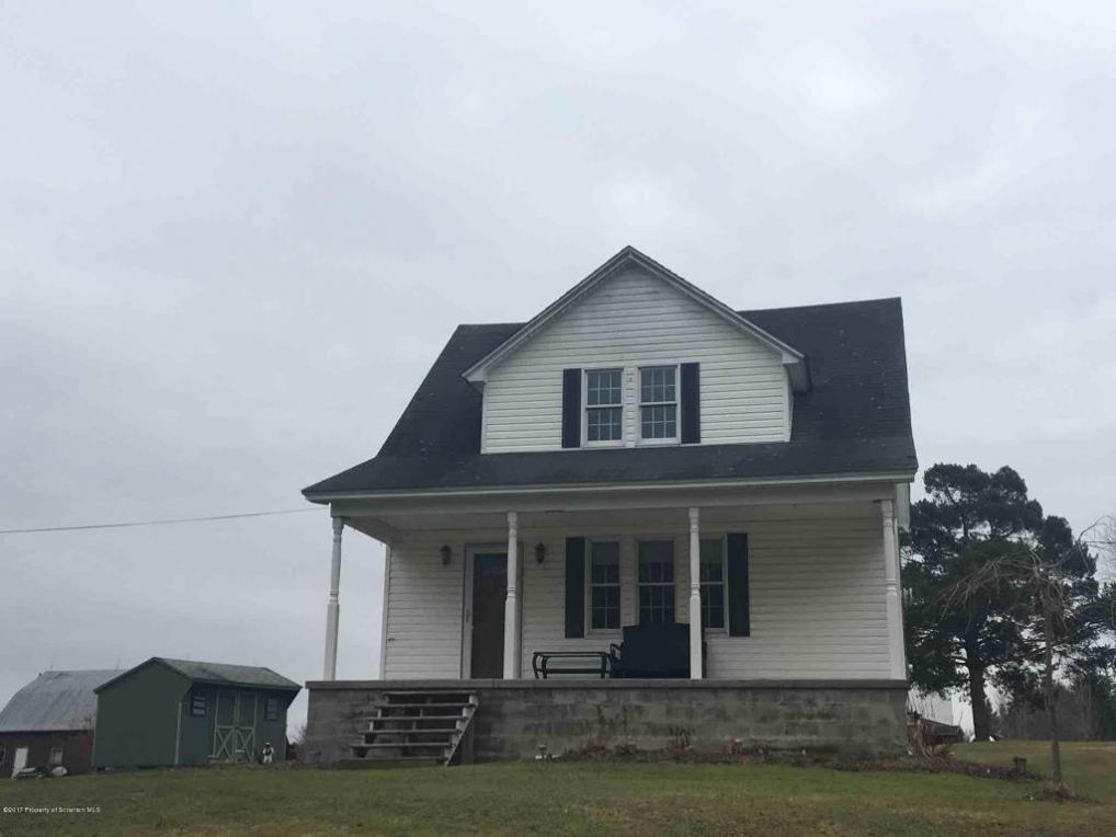114 Shust Road, Greenfield Twp, PA 18407