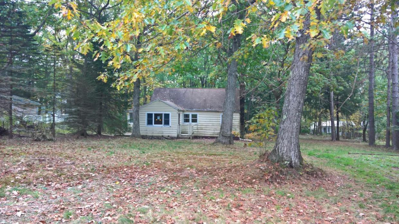 175 Old Lake Rd, Jefferson Twp, PA 18436