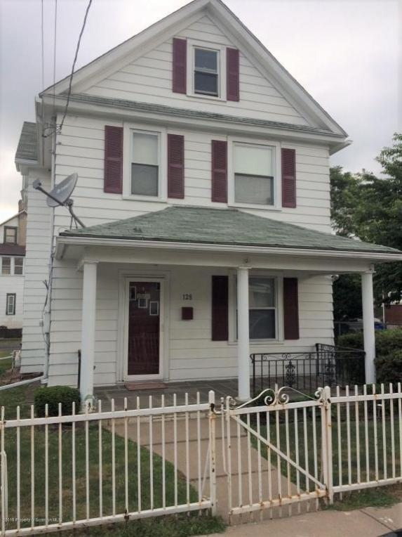 128 Delaware Ave, Olyphant, PA 18447