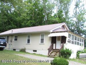 353 Valley Ln, Nicholson, PA 18446