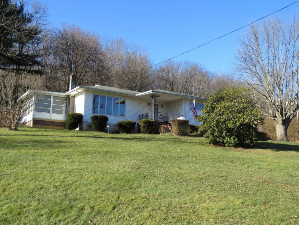 315 Dundaff St, Carbondale, PA 18407
