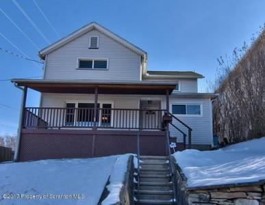 1122 Taylor Ave, Dunmore, PA 18510