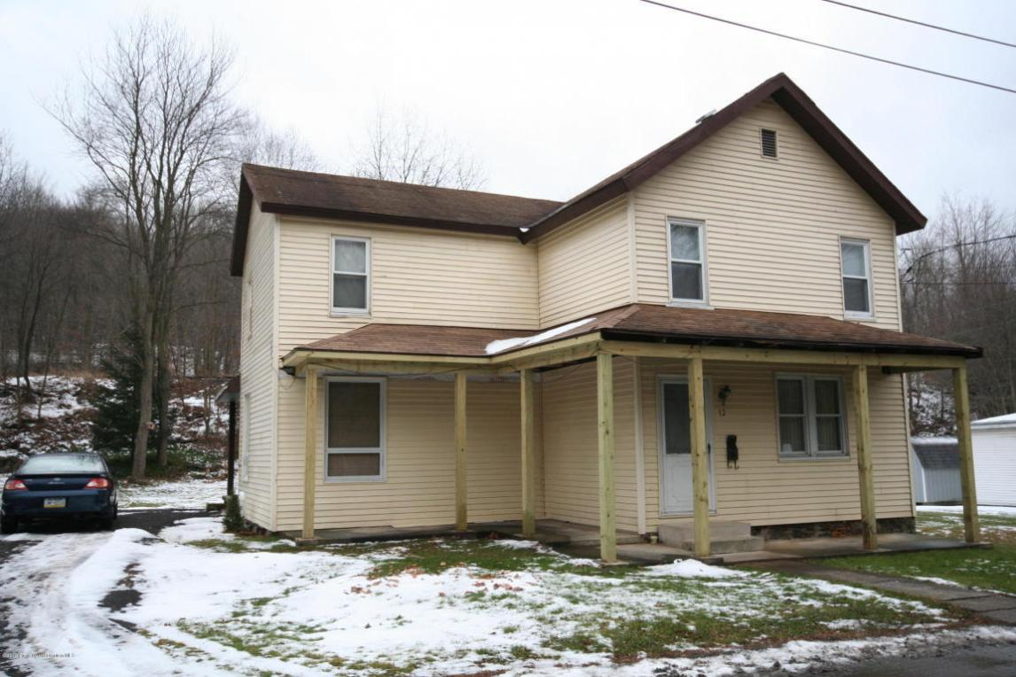 12 River St, Archbald, PA 18403