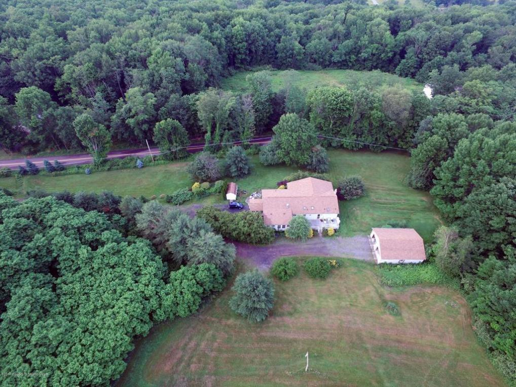 555 Neville Rd, Moscow, PA 18444