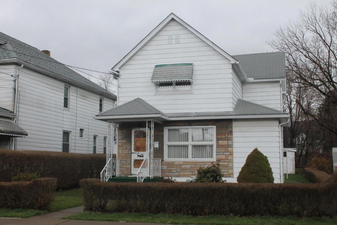 525 Dewey St, Dickson City, PA 18519