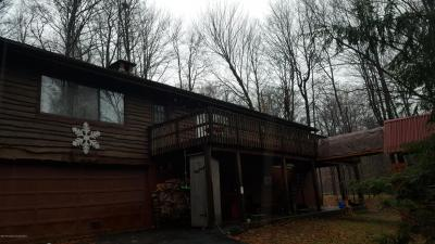 Photo of 19 Mountainside Dr, Gouldsboro, PA 18424