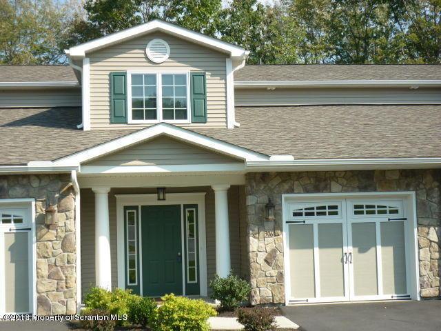 48 Wyndham Rd, South Abington Twp, PA 18411