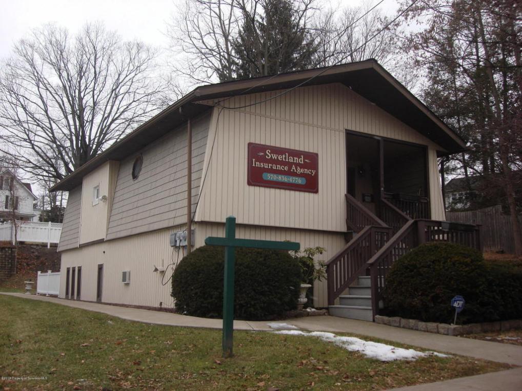 53 Warren St, Tunkhannock, PA 18657