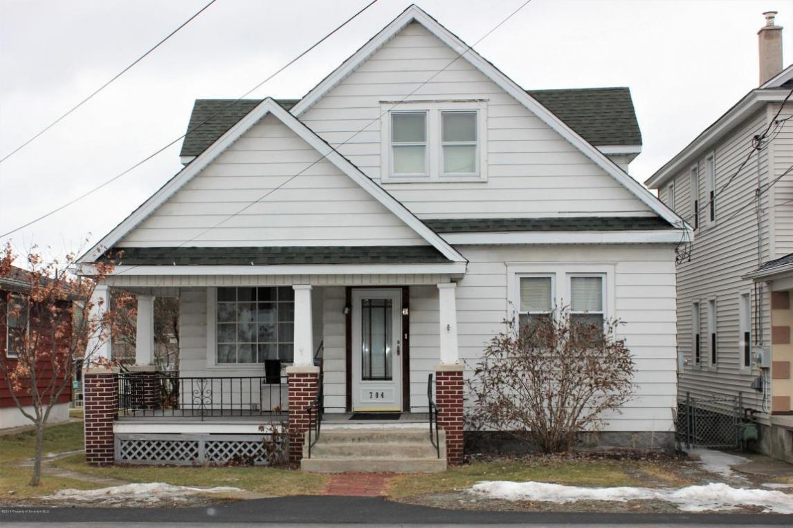 704 E Scott St, Olyphant, PA 18447