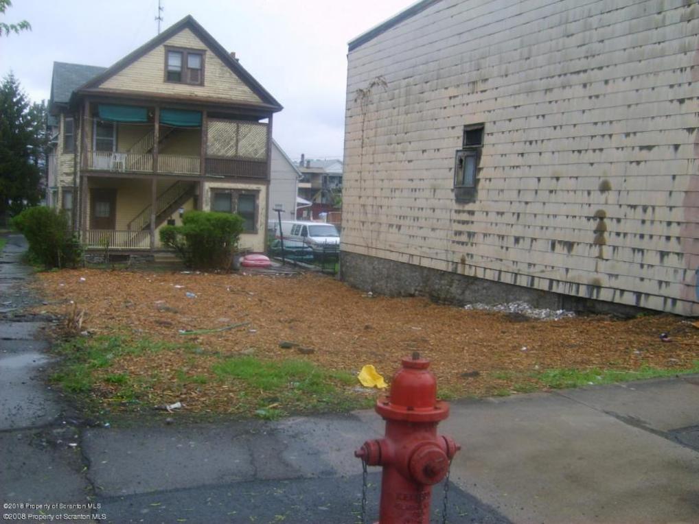 828 Pittston Ave, Scranton, PA 18505