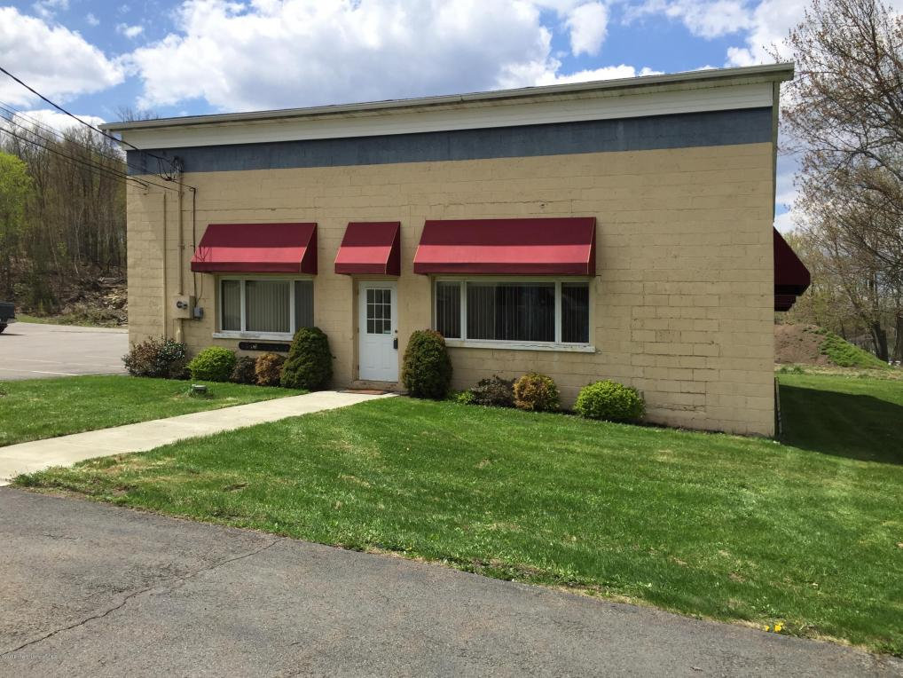 418 Daleville Highway, Covington Twp, PA 18444
