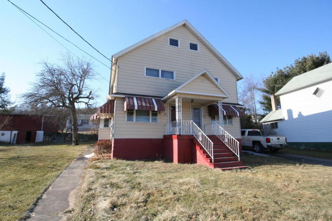 233-235 Main St, Forest City, PA 18421