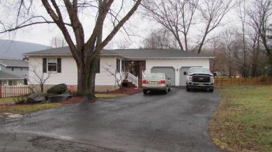 419 Adams Pl, South Abington Twp, PA 18411