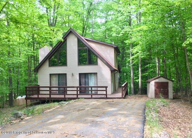4151 Chestnut Hill, Lake Ariel, PA 18436