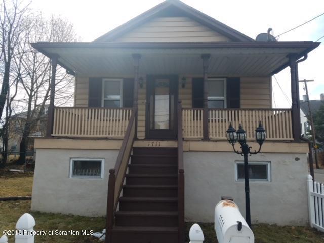 1711 Luzerne St, Scranton, PA 18504