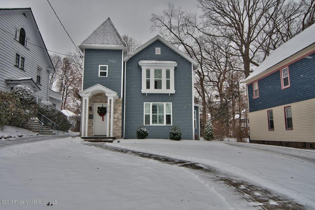 1716 Adams Ave, Dunmore, PA 18509