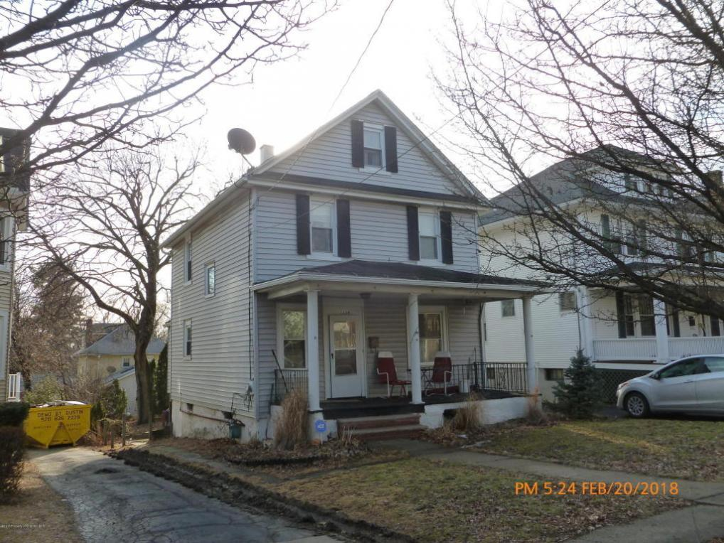 1428 College St, Dunmore, PA 18512