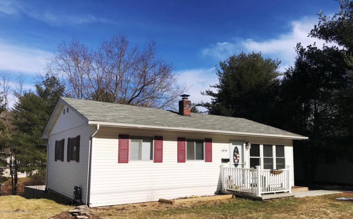 1850 Parkway Dr, Honesdale, PA 18431