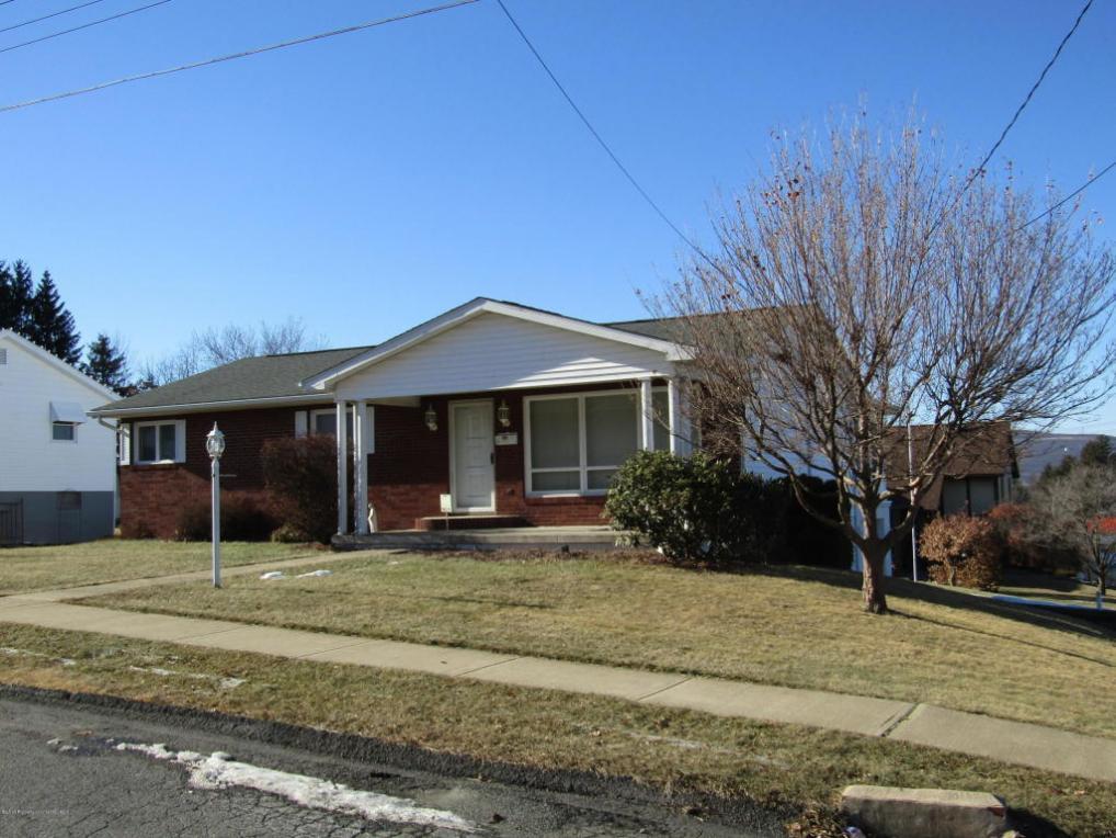 609 Ward Street, Dunmore, PA 18512