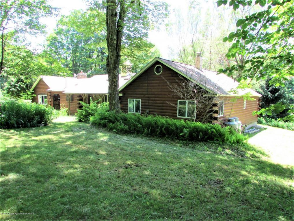 5325 North Road, Friendsville, PA 18818