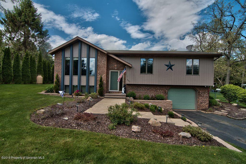 Bear Creek Pa >> Mls 19 2559 441 Crescent Rd Bear Creek Pa 18702