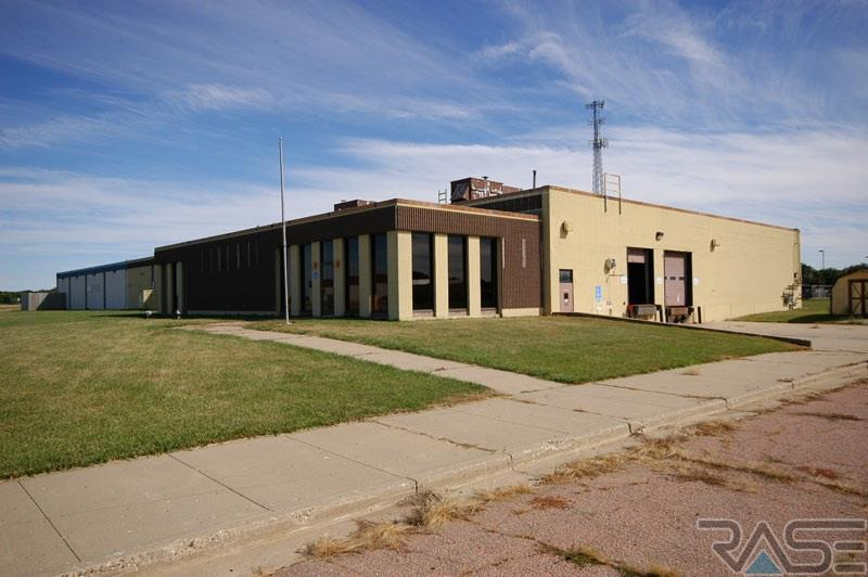 929 Norbeck St, Vermillion, SD 57069