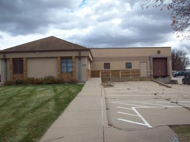 2309 W 50th St, Sioux Falls, SD 57105