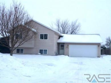 5709 W Nancy St, Sioux Falls, SD 57106