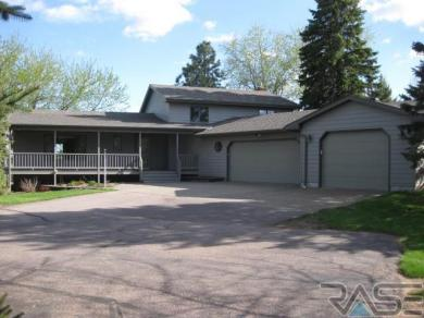 47319 Golf View Dr, Dell Rapids, SD 57022