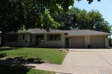 1404 S Glendale Ave, Sioux Falls, SD 57105